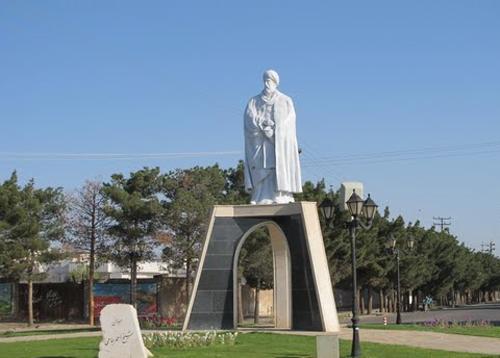 الزامات یک مجسمه شهری
