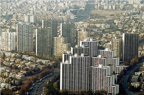 خطر ریزش ساختمانهای شهرک غرب