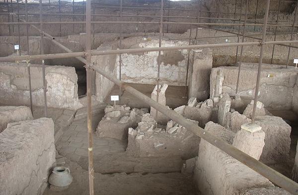 محوطه باستانی شادیاخ خراسان رضوی