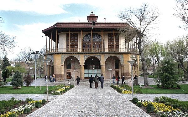 عمارت کلاهفرنگی شاه طهماسب قزوین