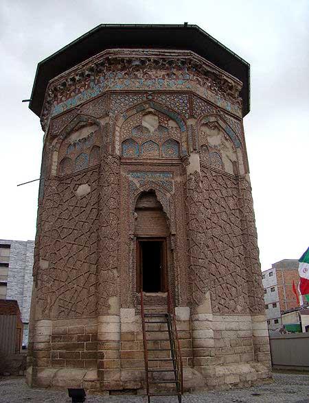 گنبد کبود آذربایجان شرقی