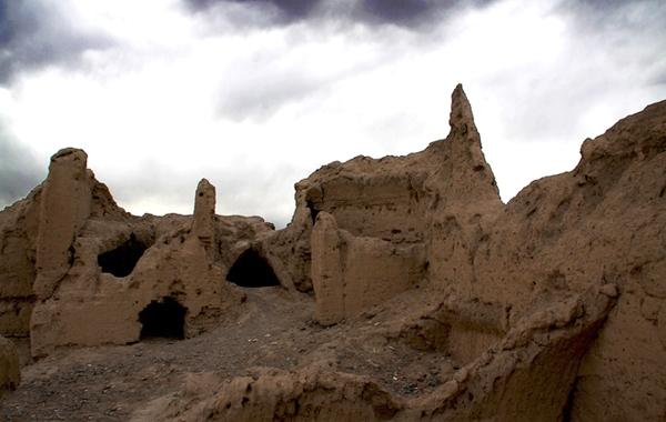 قلعه عاشوراگاه – یزد
