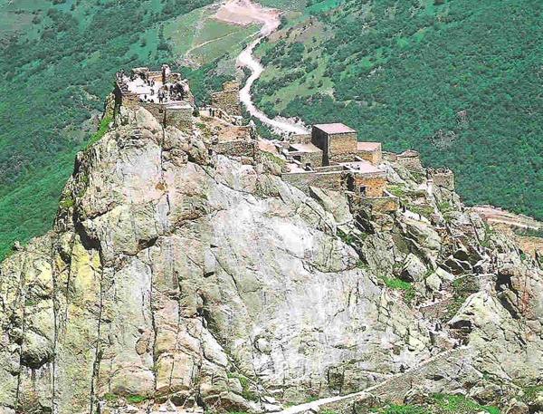 قلعه بابک – آذربایجان شرقی
