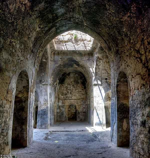 آتشکده آذرخش فارس
