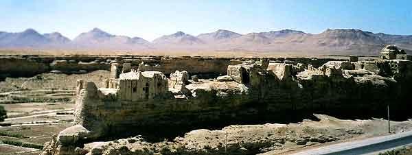 قلعه ایزدخواست – فارس