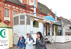 مسجد متحرک آلمان