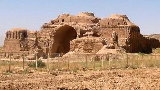 آتشکده کاریان فارس