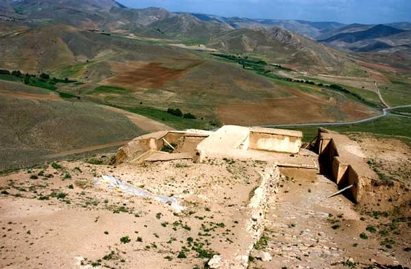 قلعه تاریخی زیویه – کردستان