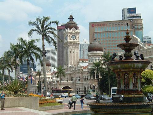 مسیرهای مخصوص دوچرخه در خیابانهای کوالالامپور