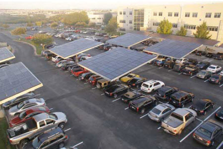 پارکینگ مجهز به پنل های خورشیدی
