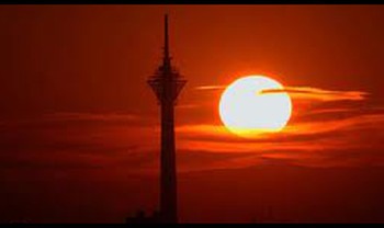 نقش برج میلاد و برج آزادی در مختصات دهی به فضای بازنمایی