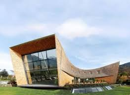 بازاندیشی در آموزش درس آشنایی با معماری معاصر