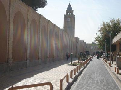 مرمت شهرى و باززنده سازى کانون هاى اجتماعى و آسیب شناسى در بافت تاریخى محله جلفاى اصفهان