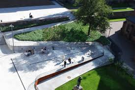 ارزیابی مفهوم منظر در طرحهای شهری مقایسه تطبیقی سیر تکوین طرحهای جامع تهران با تجارب جهانی